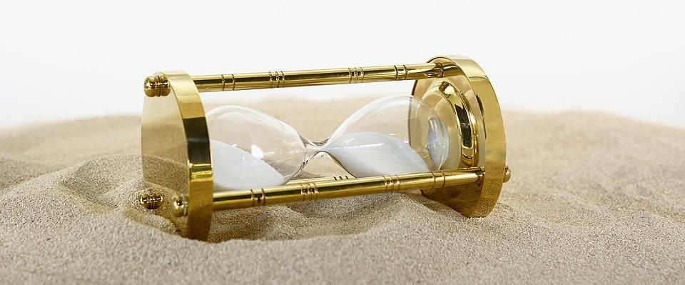 hourglass-2910951_960_720